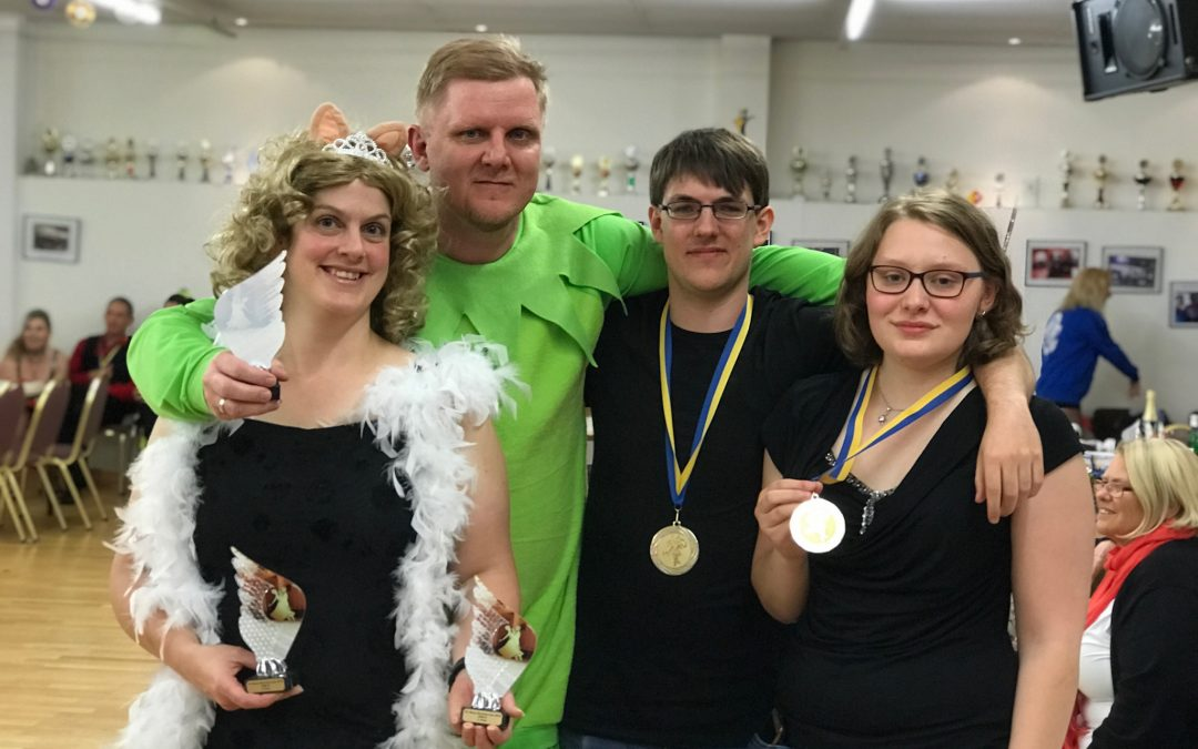 Erfolgreich in Solingen beim Bergischen Discofox Cup